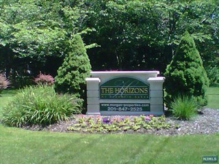 FRANKLIN LAKES Properties
