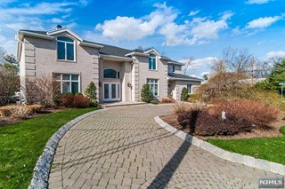 ENGLEWOOD CLIFFS Properties
