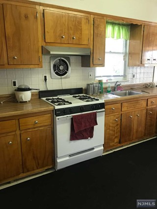 1 375 in Bergenfield  Real Estate Search Results for BERGENFIELD  BERGEN County   New  . Discount Kitchen Cabinets Pennsauken Nj. Home Design Ideas