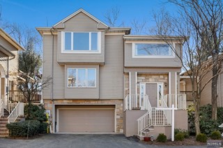 4b6e1bd1b56 MLS Number 1850330 - 2 bed,2 bath, Condo/Coop/Townhouse Property for ...