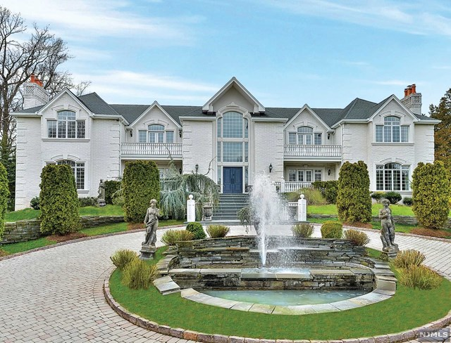 VIEW DETAILS ABOUT THIS PROPERTY IN Saddle River. Saddle River REAL ESTATE FOR SALE IN NEW JERSEY.