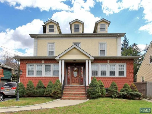 VIEW DETAILS ABOUT THIS PROPERTY IN Teaneck. Teaneck REAL ESTATE FOR SALE IN NEW JERSEY.