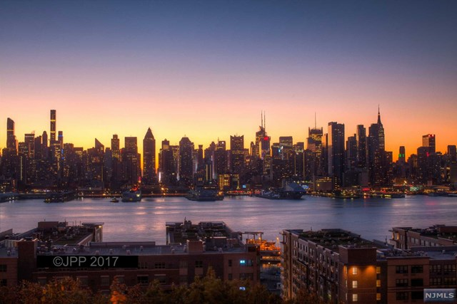 VIEW DETAILS ABOUT THIS PROPERTY IN Weehawken. Weehawken REAL ESTATE FOR SALE IN NEW JERSEY.