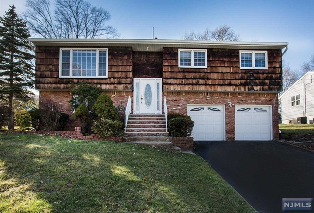 Single Family Home For Sale At 182 Wortendyke Ave Emerson NJ