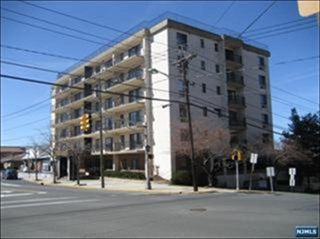 Condo For Sale At 233 12th St Palisades Park Nj