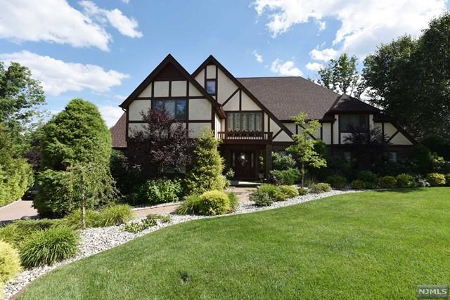 single family home for sale at 7 bigham trail park ridge nj