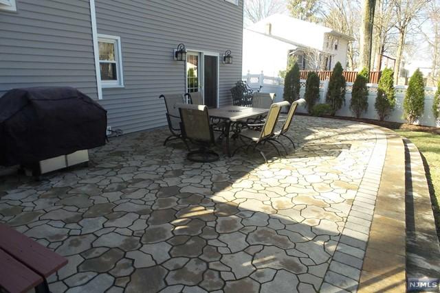 Single Family Home For Sale At 136 Jordan Rd Emerson NJ