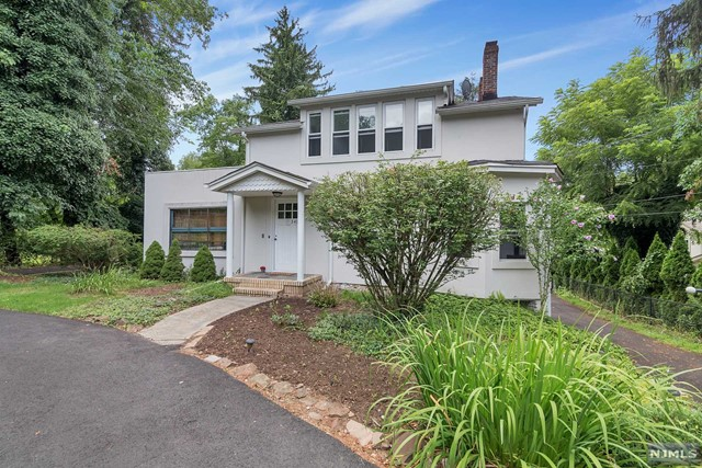 2 Family Home For Rent At 348 Schraalenburgh Road Closter