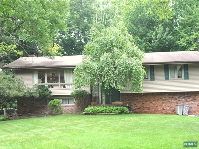 VIEW DETAILS ABOUT THIS PROPERTY IN Haworth. Haworth REAL ESTATE FOR SALE IN NEW JERSEY.
