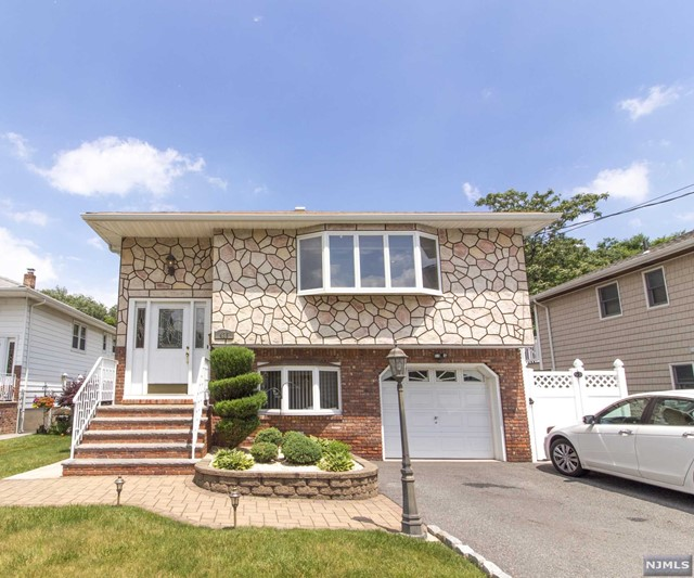 elmwood park single men On 1-97 ackerman ave, elmwood park nj we have 42 property listings for the 234 residents and businesses the average home sale price on.