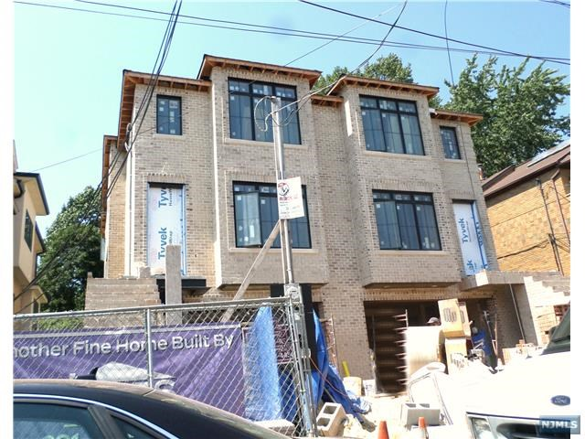 Condo For Sale At 2475 6th St Fort Lee Nj