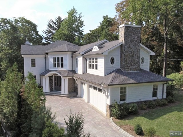 VIEW DETAILS ABOUT THIS PROPERTY IN Englewood. Englewood REAL ESTATE FOR SALE IN NEW JERSEY.