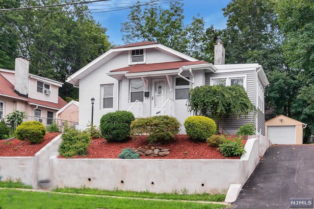 VIEW DETAILS ABOUT THIS PROPERTY IN River Edge. River Edge REAL ESTATE FOR SALE IN NEW JERSEY.