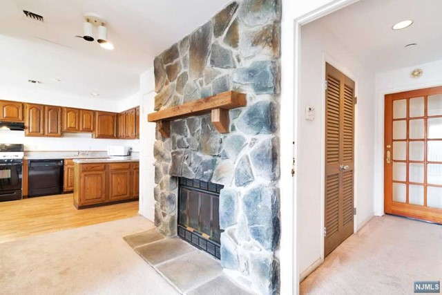 VIEW DETAILS ABOUT THIS PROPERTY IN Passaic. Passaic REAL ESTATE FOR SALE IN NEW JERSEY.