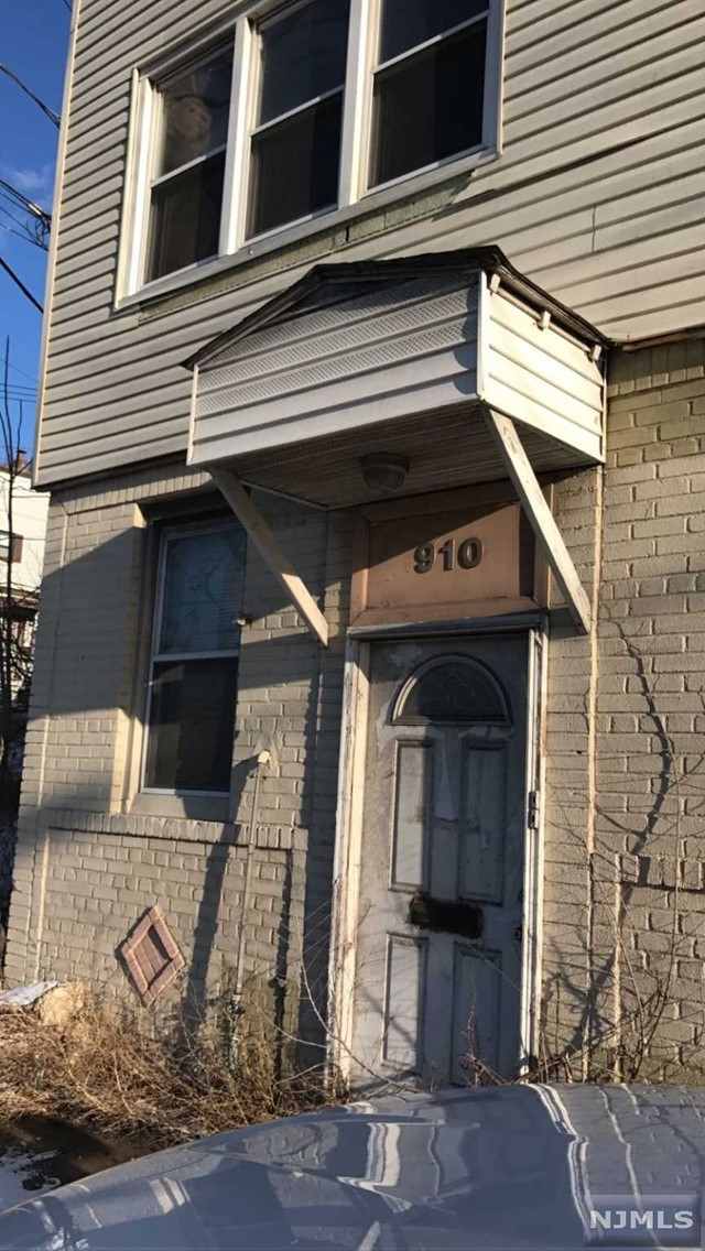 VIEW DETAILS ABOUT THIS PROPERTY IN North Bergen. North Bergen REAL ESTATE FOR SALE IN NEW JERSEY.