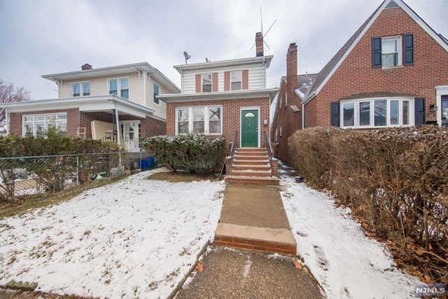 VIEW DETAILS ABOUT THIS PROPERTY IN Bloomfield. Bloomfield REAL ESTATE FOR SALE IN NEW JERSEY.