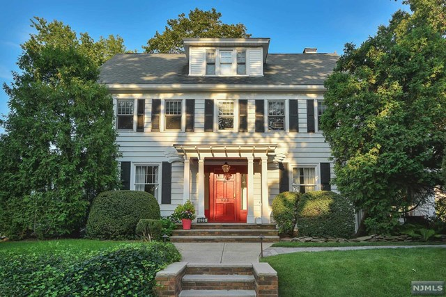 VIEW DETAILS ABOUT THIS PROPERTY IN New Milford. New Milford REAL ESTATE FOR SALE IN NEW JERSEY.