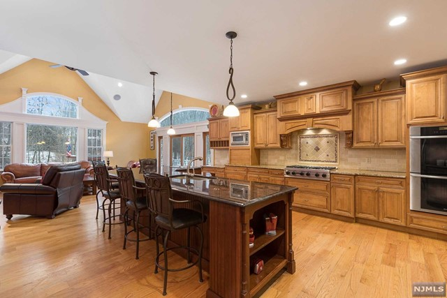 VIEW DETAILS ABOUT THIS PROPERTY IN Hillsdale. Hillsdale REAL ESTATE FOR SALE IN NEW JERSEY.