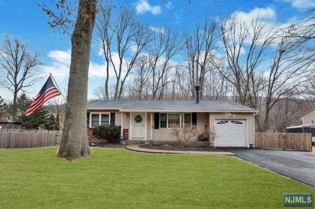 VIEW DETAILS ABOUT THIS PROPERTY IN Ringwood. Ringwood REAL ESTATE FOR SALE IN NEW JERSEY.
