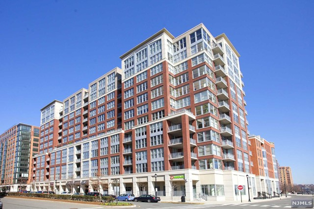 VIEW DETAILS ABOUT THIS PROPERTY IN Hoboken. Hoboken REAL ESTATE FOR SALE IN NEW JERSEY.