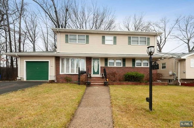 VIEW DETAILS ABOUT THIS PROPERTY IN Saddle Brook. Saddle Brook REAL ESTATE FOR SALE IN NEW JERSEY.