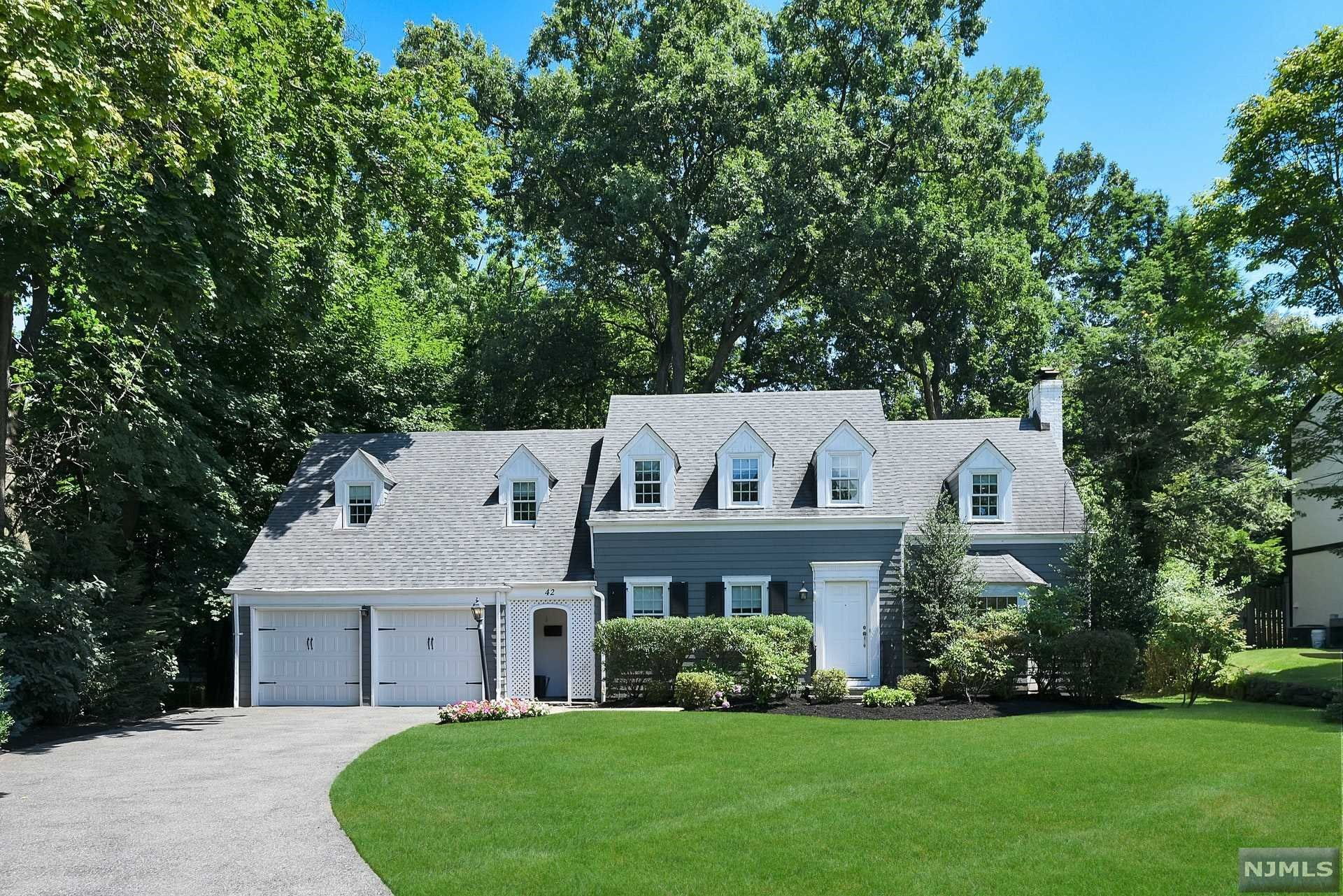 42 Kenwood Road A Luxury Home For Sale In Tenafly Bergen County New Jersey Property Id 20028510 Christie S International Real Estate