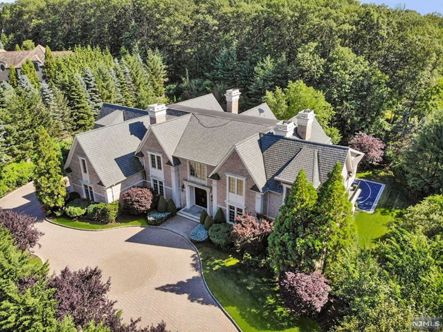 Single Family Home for Sale at 174 Vaccaro Drive 174 Vaccaro Drive Cresskill, New Jersey 07626 United States