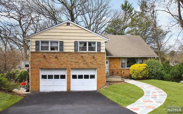 77 Sherwood Rd, Tenafly, New Jersey