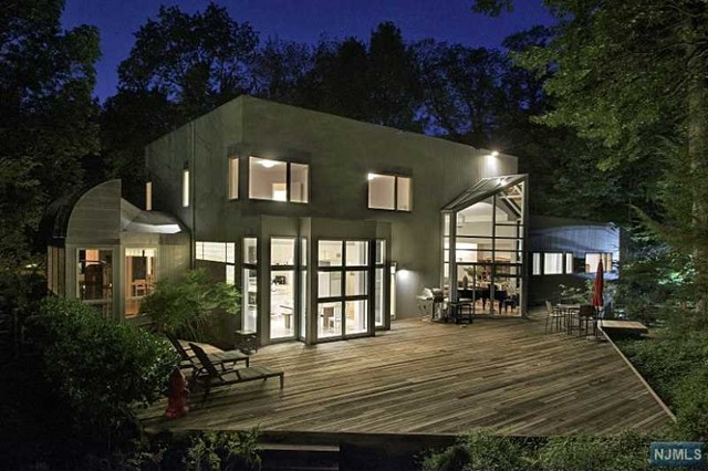 63 Forest Rd, Tenafly, NJ 07670