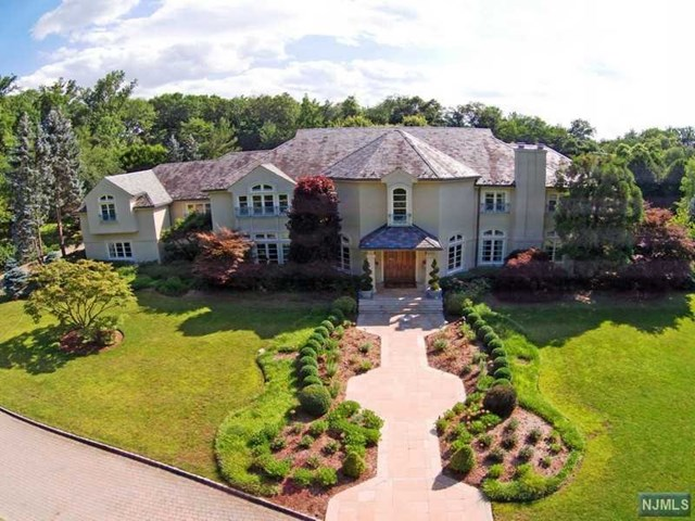 818 Closter Dock Rd, Alpine, NJ 07620