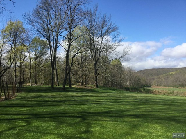 Additional photo for property listing at 730 Ramapo Valley Rd  Mahwah, 뉴저지,07430 미국