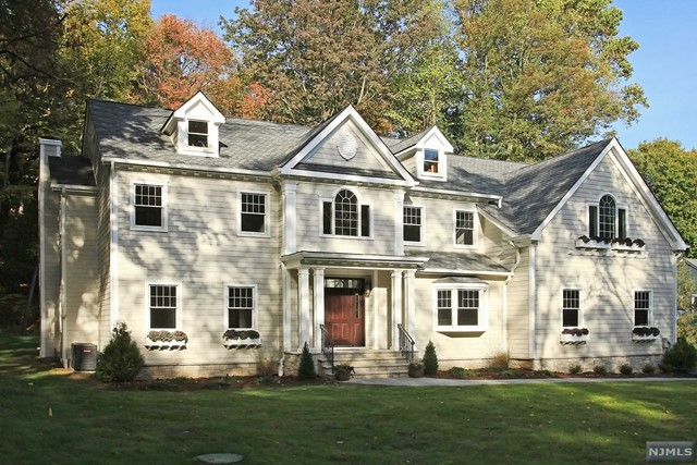 708 MARDINLY AVE, FRANKLIN LAKES, NJ 07417