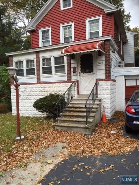369 Piermont Rd, Cresskill, NJ 07626