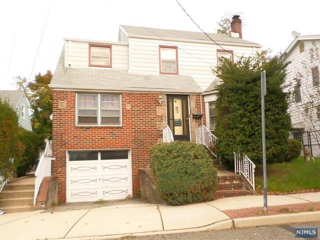 421 Kennedy Dr, Fairview, NJ 07022
