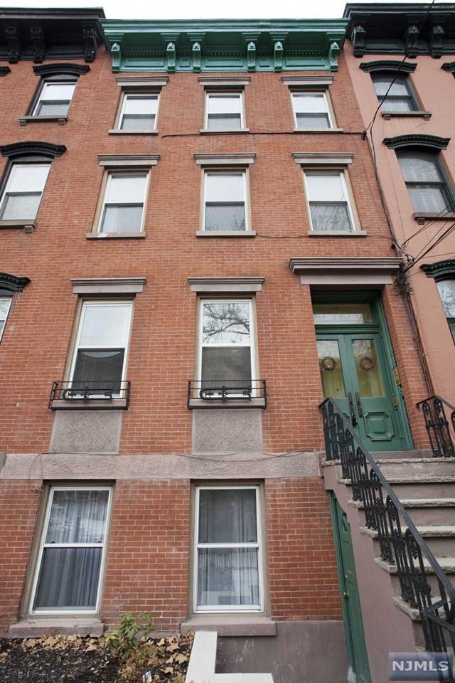 710 Bloomfield St, Hoboken, NJ 07030