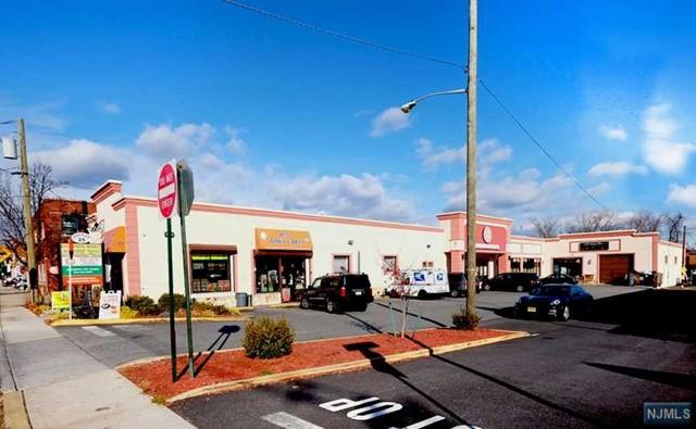 25 Union St, Lodi, NJ 07644