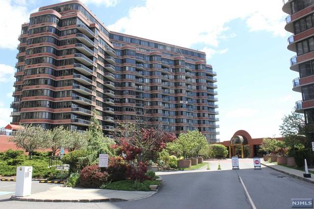 100 Winston Dr 7LN, Cliffside Park, NJ 07010