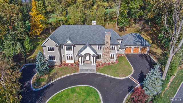 14 Deer Hill Rd, Demarest, NJ 07627