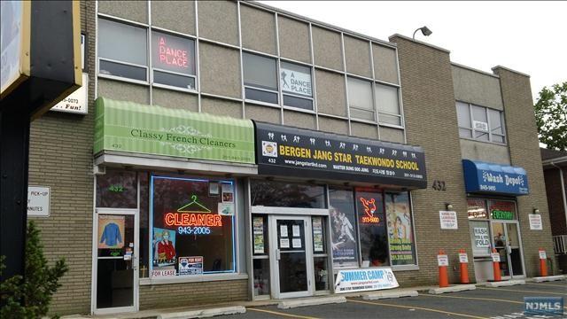 436 Bergen Blvd, Ridgefield, NJ 07657