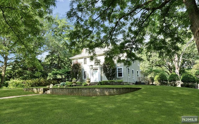 33 Gilmore Ave, Cresskill, New Jersey