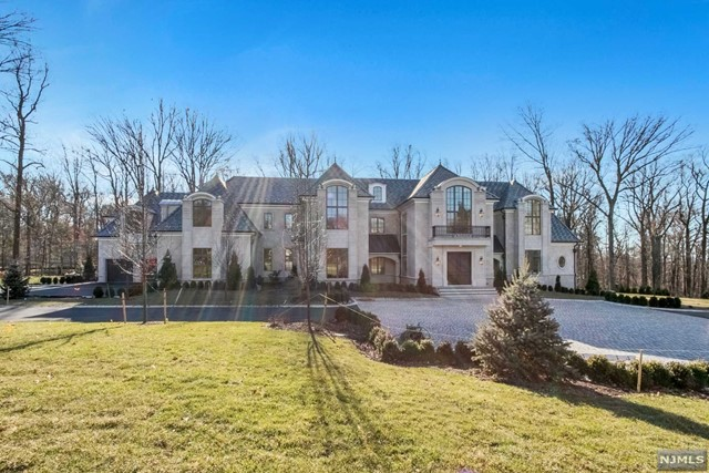Single Family Home for Sale at 24 Cambridge Way 24 Cambridge Way Alpine, New Jersey 07620 United States