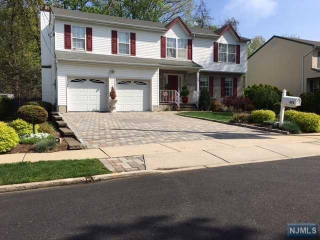 331 Marguerite St, New Milford, NJ 07646