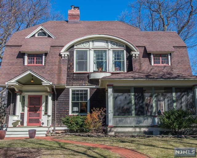 325 Washington St, Glen Ridge, NJ 07028
