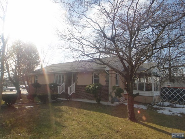 133 S Farview Ave, Paramus, NJ 07652