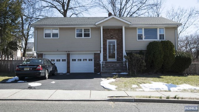 411 Monroe Ave, New Milford, NJ 07646