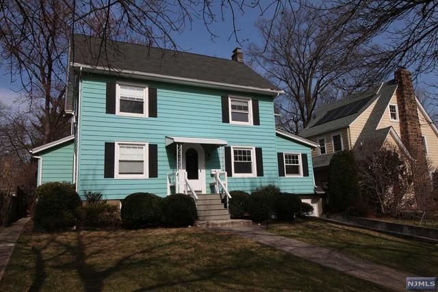 35 Carolin Rd, Montclair, NJ 07043