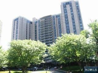 1512 Palisade Ave, Fort Lee, NJ 07024