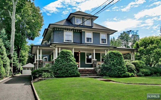 33 Brookside Ave, Ridgewood, NJ 07450