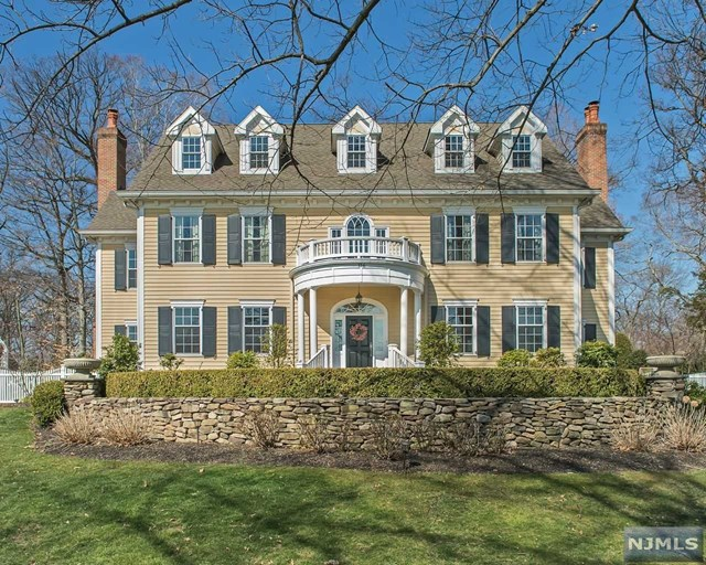 156 Ridgewood Ave, Glen Ridge, NJ 07028