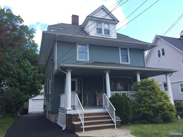 35 Courier Pl, Rutherford, NJ 07070